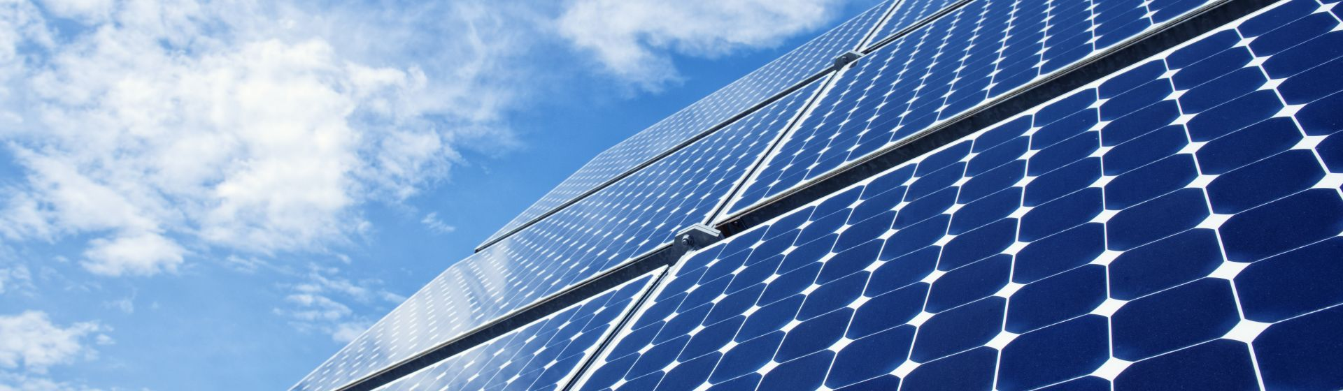 Solar-Energy-184004861_6000x4004